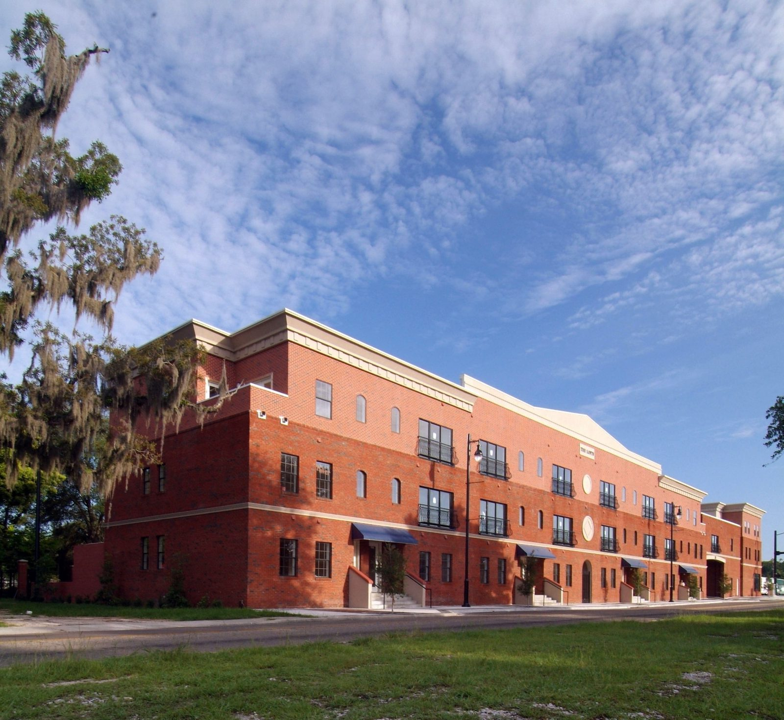 The Lofts on West University – Gainesville